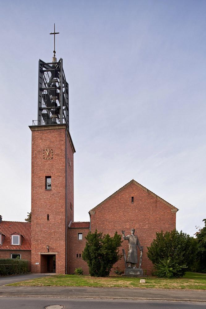 St. NorbertKirche Friedland • ©Ralf König