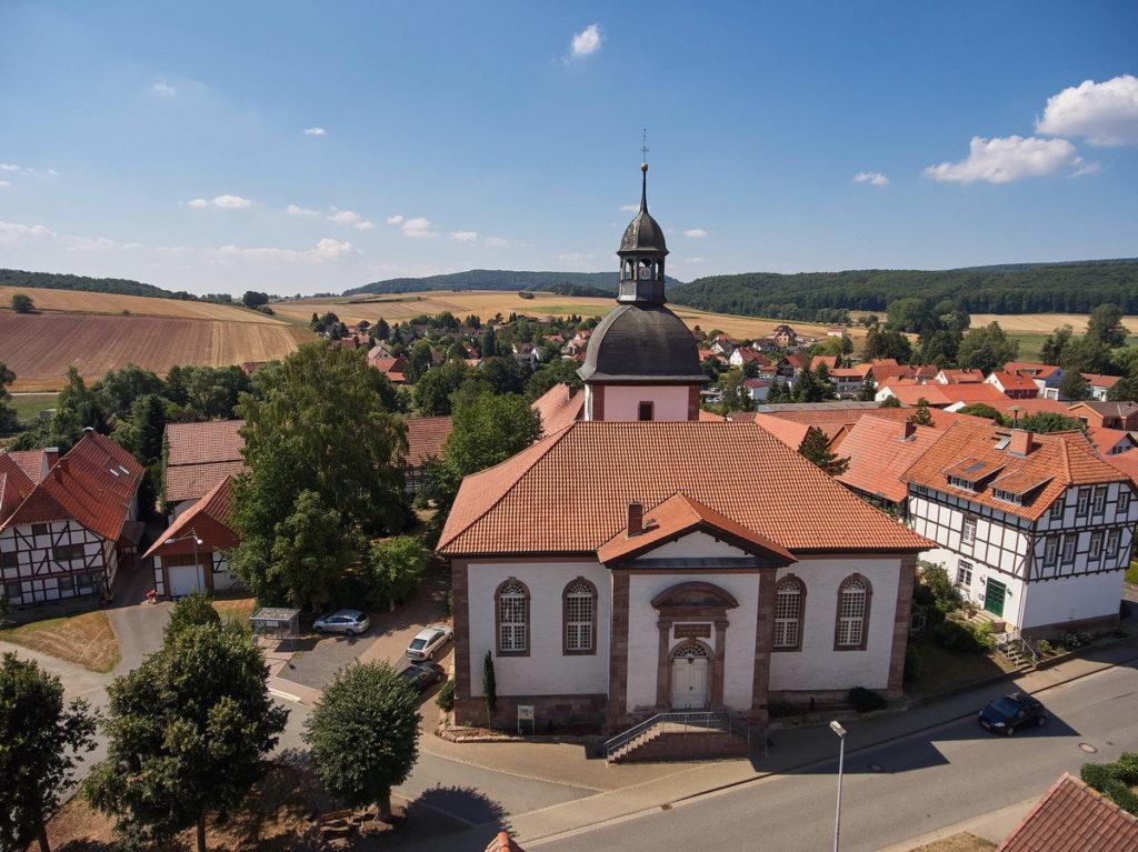 St. Petri Kirche Landolfshausen • ©Ralf König